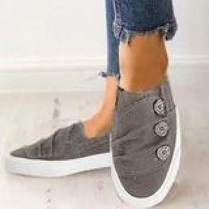 🆕Gray Casual Button Comfy Sneaker